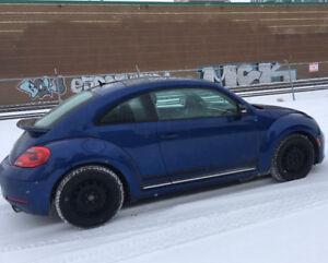 2012 Volkswagen Beetle 2.0T Turbo in excellent condition