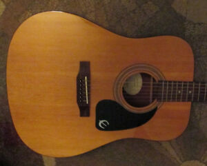 Epiphone DR-100 NA acoustic guitar in excellent condition