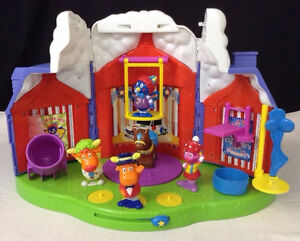 Musical Backyardigans Big CircusTop Play Set & Figures all MINT