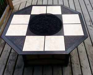 5 Pc Large Propane Fire Table & Deluxe Swivel Chairs -St. Thomas London Ontario image 2