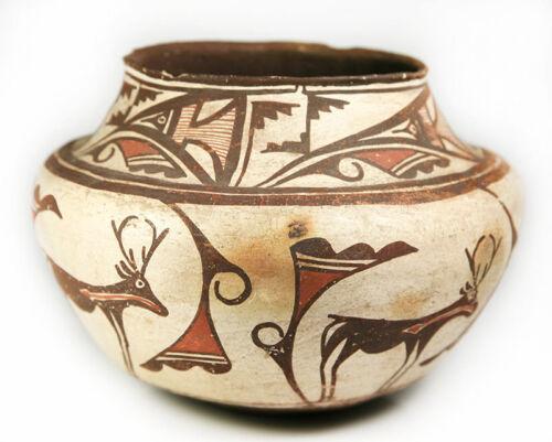 """C. 1900 Zuni Heartline Deer Jar, 7.5"""" H X 11"""" W"""