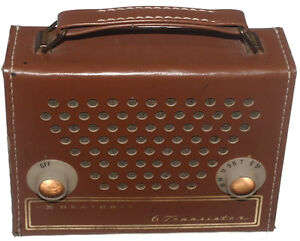 HEATHKIT-GR-151-6-TRANSISTOR-PORTABLE-AM-RADIO-IN-LEATHER-CASE-RARE