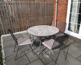 Metal Outdoor Dining table and 4 chairs