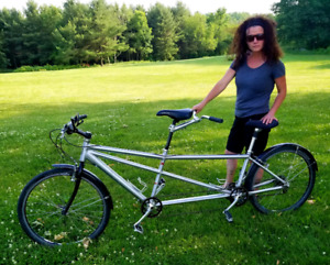 Tandem bike bicycle for two lots of fun