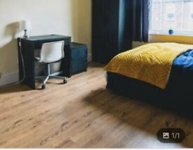 Spacious double room to rent UB4 Hayes End only £400 per month