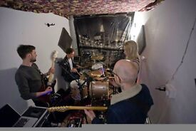Music production band rehearsal room for monthly hire BN41