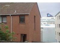 3 bedrooms (1 Double, 2 single) Semi-detached house for rent in Lerwick. Harbour view