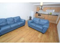 Very Spacious 2 Bedroom Flat in Newbury Park dss with guarantor accepted