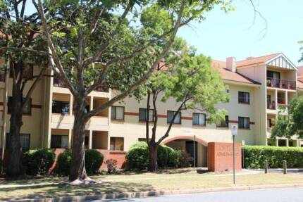 Room Share Available Immediately Near Civic!!! Reid North Canberra Preview