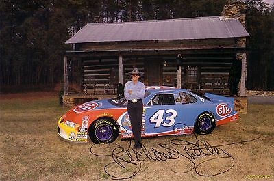Signed Richard Petty Color 8X10 RP Photo w/coa Free Shipping