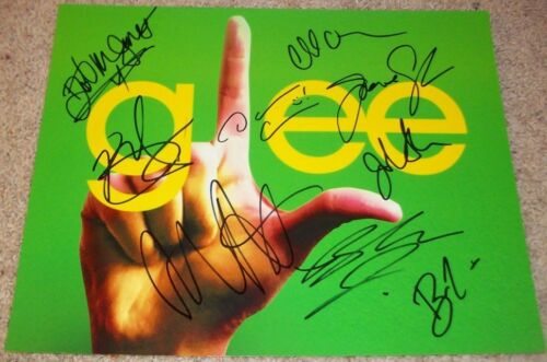 GLEE CAST SIGNED 11x14 PHOTO x9 w/EXACT PROOF CHORD OVERSTREET +8 AUTOGRAPH