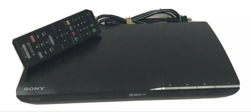 Sony Blu-Ray Disc + DVD Player BDP-S390 Built In Wireless Streaming w/ Remote