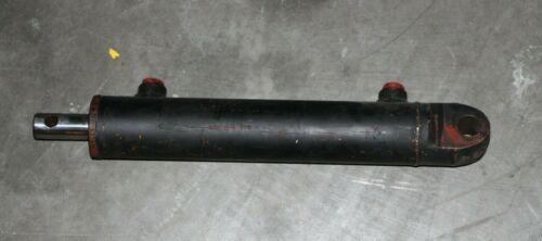 CATERPILLAR / CAT / MITSUBISHI 911160 Cylinder - Side Shift, ALC