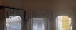 Window valences