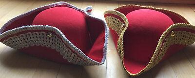 roter Dreispitz mit Borte in silber od gold Piratenhut rot Garde Hut Karneval