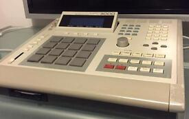 Akai MPC3000 Midi Production Center