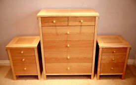 Light Oak 6 Drawer Chest of Drawers & Matching Pair 3 Drawer Bedside Cabinets