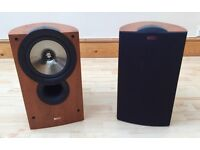 KEF iQ30 Stand mount / Bookshelf Speakers - Fantastic condition