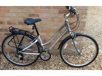Gaint Cypress Ladies Hybrid Bike