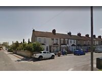 3 Bedroom Semi -Detached House to rent in Grays -- Part Dss Welcome