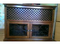 Tv unit/drinks cabinet