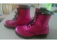 Girls pink Dr marten air wear boots size 4