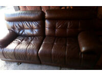 VIOLINO ITALIAN BROWN LEATHER 3 SEATER ELECTRIC RECLINING SOFA AND MATCHING 2 SEATER MANUAL RECLINER