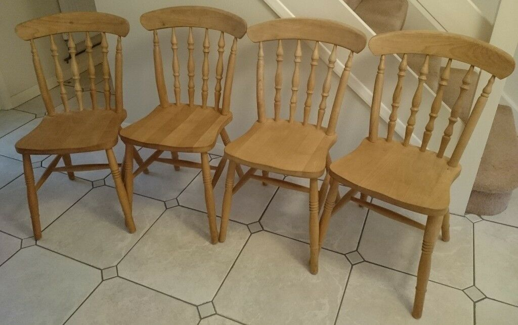 4 Farmhouse Style Spindle Back Pine Chairs Pine Dining