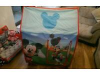 Micky mouse club house play tent