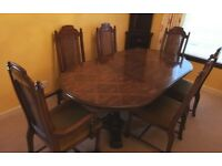 Large Oak Dining Table and 6 matching Dining Chairs, lovely condition, bargain price