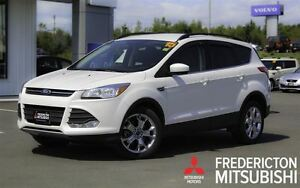 2015 Ford Escape SE! 4X4! LEATHER! SUNROOF! BACKUP CAM!