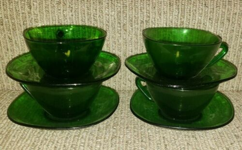 Vintage Vereco France Square Forest Green Emerald Glass 4 Tea Cups & 4 Saucers
