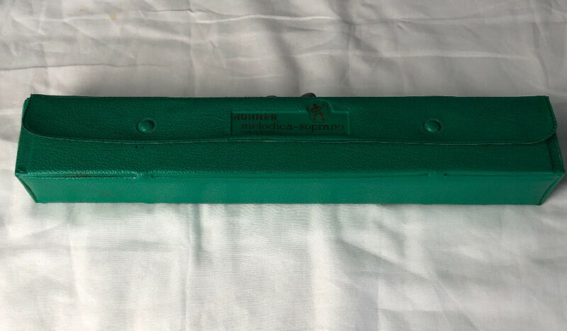 hohner melodica student made in Germany with case I711