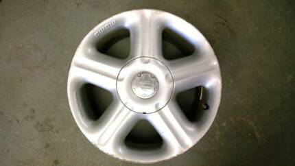 """GENUINE 17"""" MOMO STATUS WHEELS (USED) HOLDEN COMMODORE HSV BMW Ferntree Gully Knox Area Preview"""