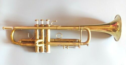 Vintage 1973 Bach Stradivarius Professional Trumpet with Two Bells / 60B/ 37*