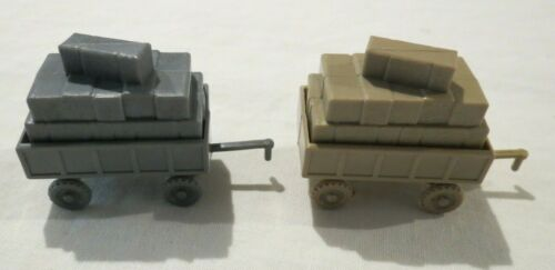 1-2 PRICE EACH VINTAGE REMOVABLE HAY CART KELLOGGS CEREAL TOY 1970