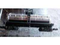 "Southern Pacific Tank Car HO Train Scale 3.5/"" x 1.5/"" 97732 ~ NIB"