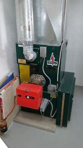 Excellent shape used oil furnace made in Canada