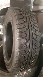 4 pneu d'hiver NOKIAN 175 70R 14- NORDMAN 5 comme neuf