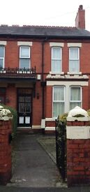 3 double rooms to rent from 1st June -31st August for students £67.00 weekly