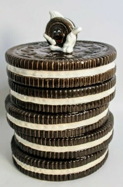 The Nabisco Classics Collection Ceramic Stacked Oreos Dunk in Milk Cookie Jar