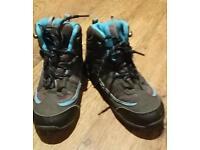 Size13 boys Gelert boots