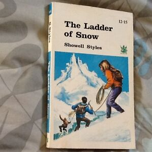 The-Ladder-Of-Snow-Book-RARE-Paperback-Vintage-Showell-Styles-1968-Dragon-60s