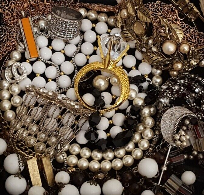Vintage Now Unsearched Untested NOT Junk Drawer Jewelry Lot Estate All Wear L960