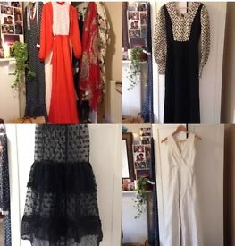 VINTAGE CLOTHING JOB LOT BULK BUY WHOLESALE 70s/80s DRESSES, TOPS, SKIRTS, TROUSERS