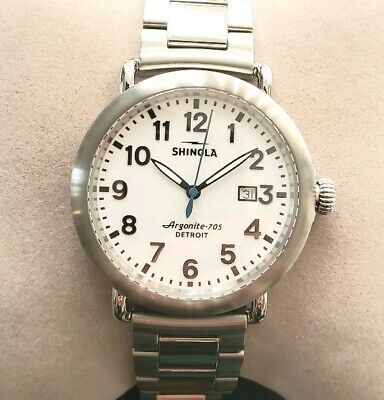 SHINOLA RUNWELL 41mm WATCH WHITE FACE & BRUSHED SILVER BEZEL & SILVER BRECLET.