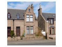 Lovely 4 bed/2 bathrooms house, full of character, high ceilings, open fire in Peterhead
