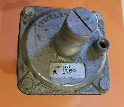 MAXITROL MODEL RV53-3/4 GAS PRESSURE REGULATOR