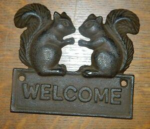 Cute double squirrel welcome plaque cast iron rustic lodge cabin decor door new - Cast iron squirrel door stop ...