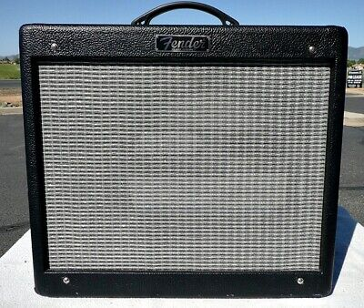 FENDER Blues Junior III Combo Guitar Amp Cabinet with Back Panel - Cabinet Only